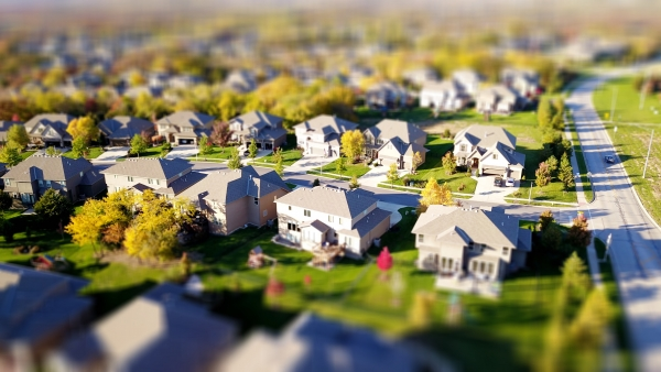 real estate investing tips by American Cloud Inc.